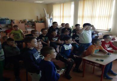 Rozgrywki I Szkolnego Turnieju w E-Piłkę Nożną