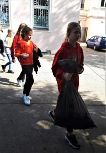 Nie śmiecimy  Sprzątamy  Zmieniamy 09.2019 22