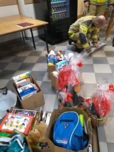 Paczka dla dzieciaka na święta od strażaka XII 2019 13