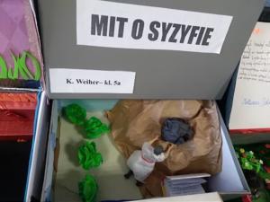 "Wystawa ""Mit w pudełku"" II 2020 8"